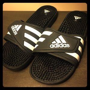 Adidas unisex Sandals